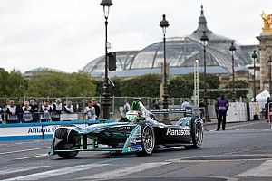 Cinto mal fixado tira Nelsinho do ePrix de Paris