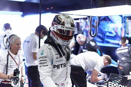 Hamilton óriási pofont adott, és megnyerte az ausztrál időmérőt: Bottas rommá törte a Mercedest