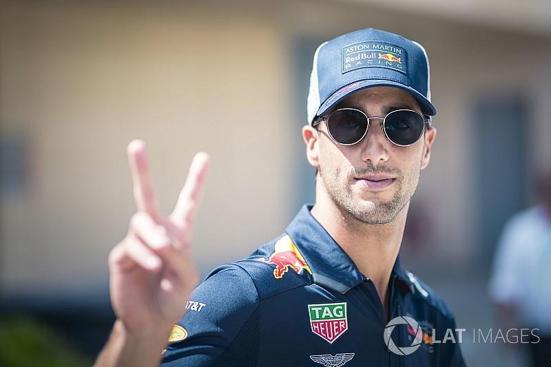 Red Bull: Ricciardo, Ferrari ile sözleşme imzalamadı