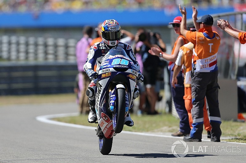 Martín gagne à Assen et reprend la tête du championnat