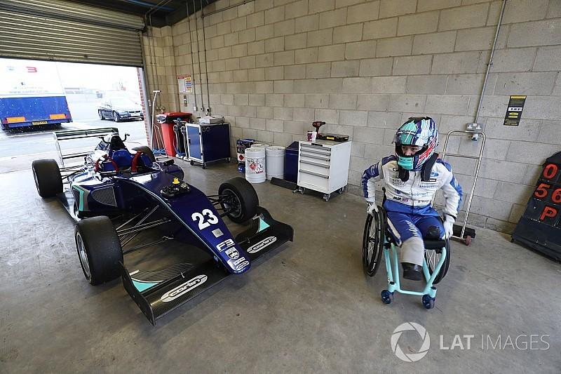 В Формулу 3 без ног: Билли Монгер возвращается
