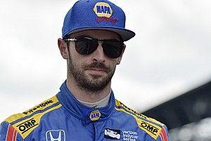 Rossi échappe de justesse à un terrible accident