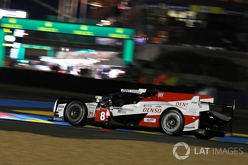 Toyota de Alonso tem pole provisória em Le Mans
