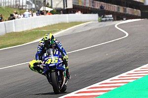 """Rossi: """"Con la goma delantera, Michelin ha condicionado las últimas carreras"""""""