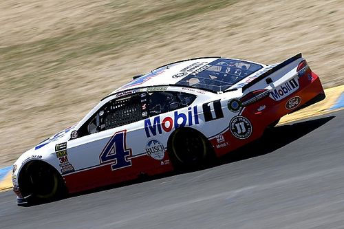 Kevin Harvick loses out on strategy at Sonoma