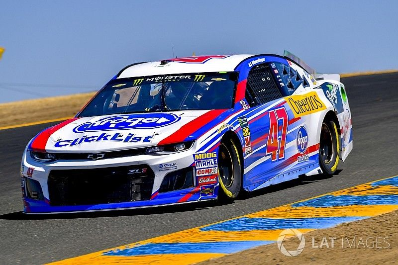 Allmendinger wins Stage 1 at Sonoma after Truex and Harvick pit