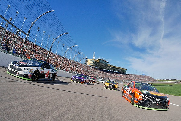 Round of 8 playoff grid set as four drivers are eliminated at Kansas