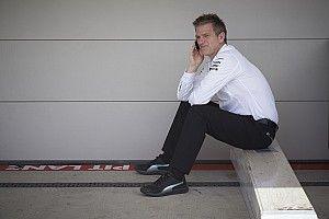 Ушел из Ferrari, не влезает в болид, строит самолеты. Откровения создателя чемпионских Mercedes