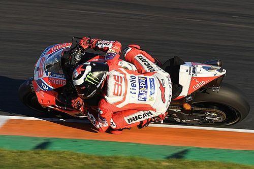 """Lorenzo: """"Rispetto ai rivali siamo un po' in ritardo con la moto 2018"""""""