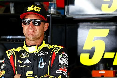 "Bowyer struggling for results: ""I'm pretty miserable right now"""