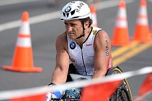 Дзанарди – монстр спорта. Плавает, гоняет на уникальном велосипеде и побеждает на триатлоне «Железный человек»