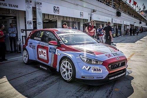 Michelisz logra la pole para la primera carrera del WTCR en Hungría