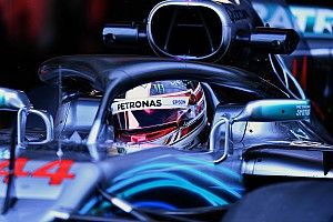 Хэмилтон: Потенциально быстрейшая машина сейчас у Red Bull