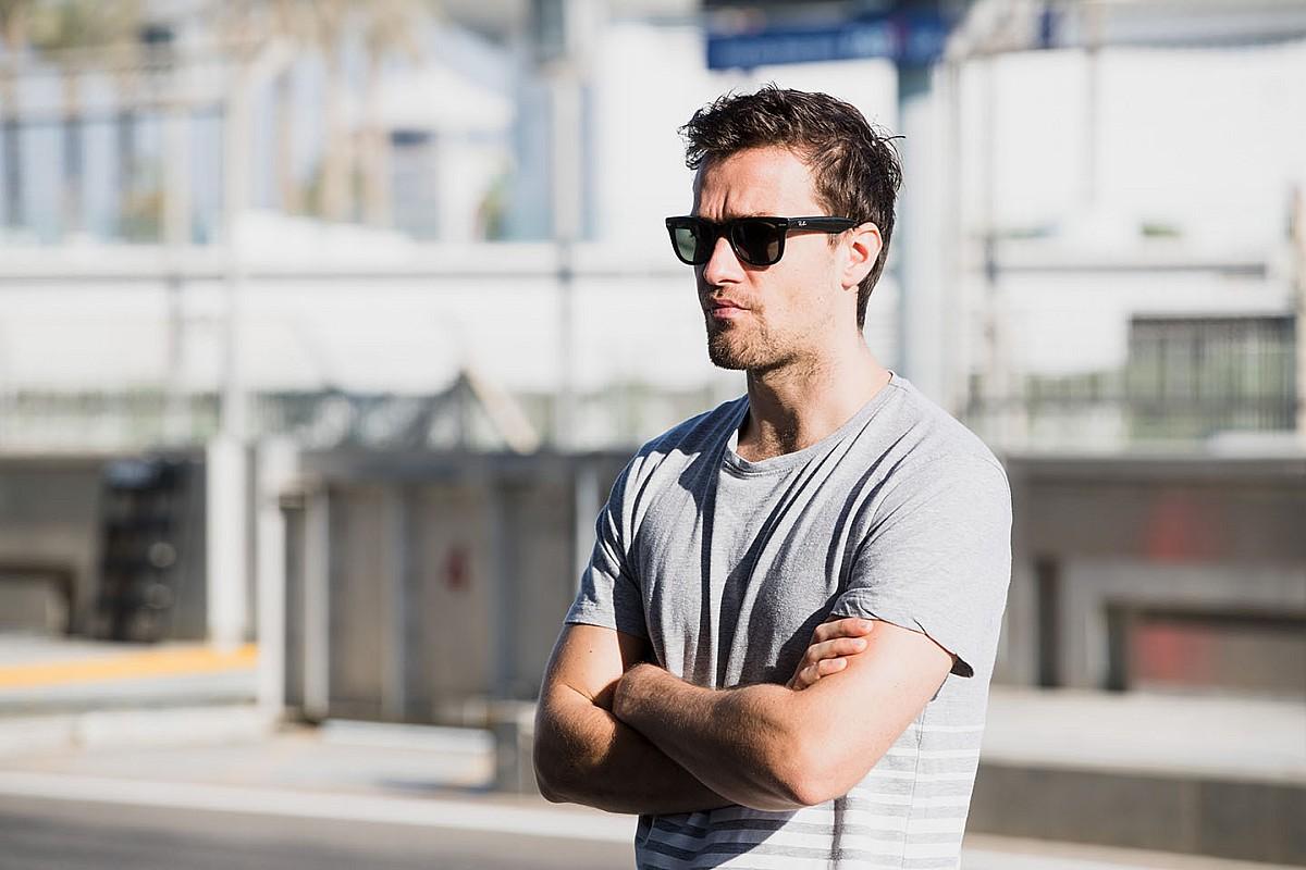 Palmer: Ricciardo, Renault'ya geçerek geri adım attı