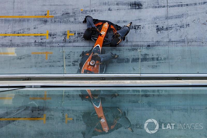 """McLaren-Technikchef: """"Renault-Antrieb ist ganz anders"""""""