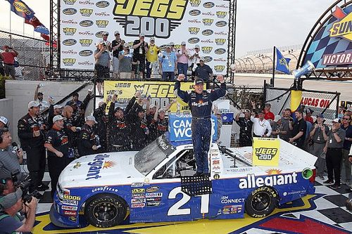 Sauter takes Dover Truck win after contact with Gragson