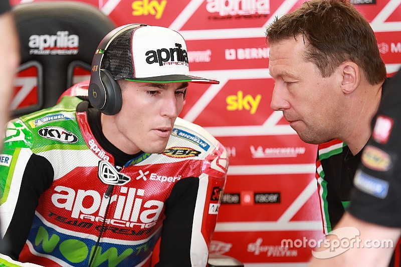 """Disaster"" season prompts early Espargaro crew chief split"