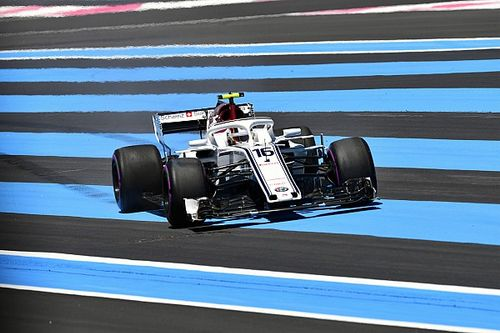 """Leclerc admite """"decepção"""" apesar de ponto na França"""