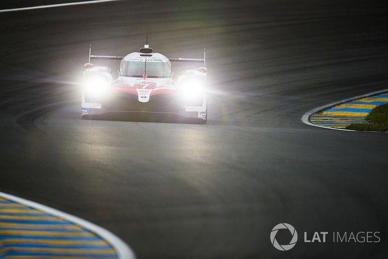 Toyota на 4 секунды опередила частников LMP1 на разминке
