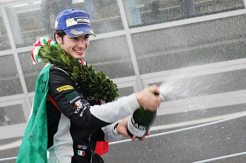 Rovera-champagne per il titolo della Carrera Cup Italia colto a Monza