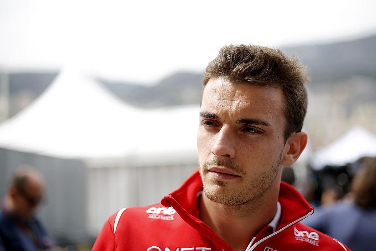 Leclerc szerint Bianchi még inkább kiérdemelte a Ferrari ülését, mint ő