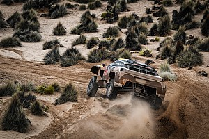 Dakar Stage report Dakar 2018, Stage 8: Peterhansel quickest, Sainz in control