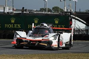 Rolex 24: Castroneves fastest for Penske in second practice