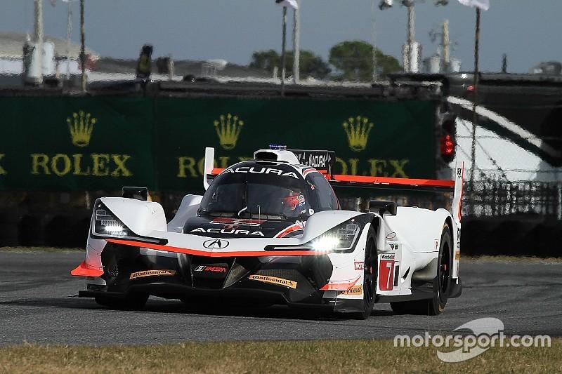 Castroneves lidera la FP2 y el Ligier de Alonso es 12º