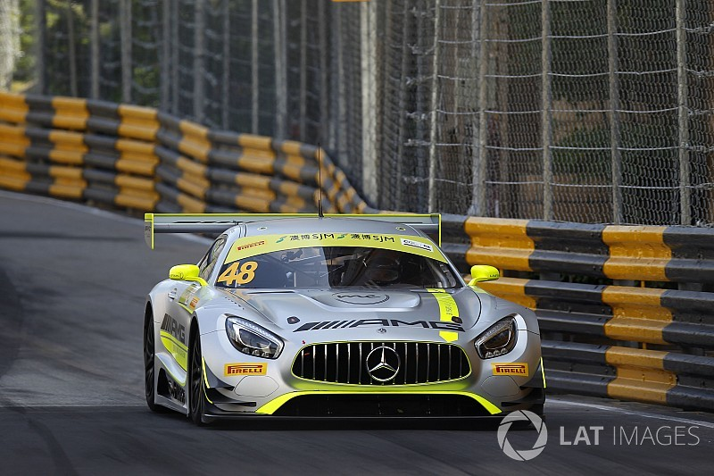 FIA GT World Cup Macau: Mortara wint kwalificatierace na veldslag