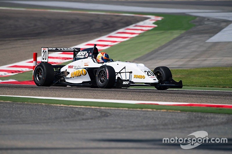 Bahrain MRF: Van Kalmthout takes lights-to-flag Race 3 win