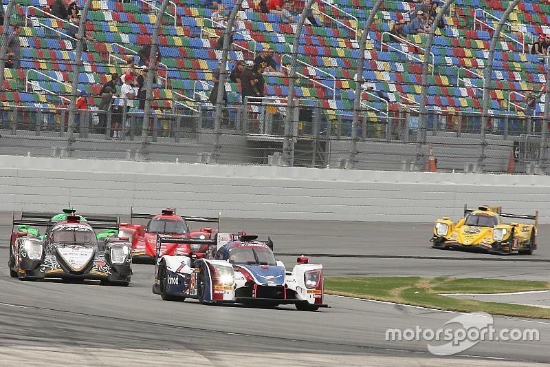 Alonso se sube al coche a tres horas del final en Daytona