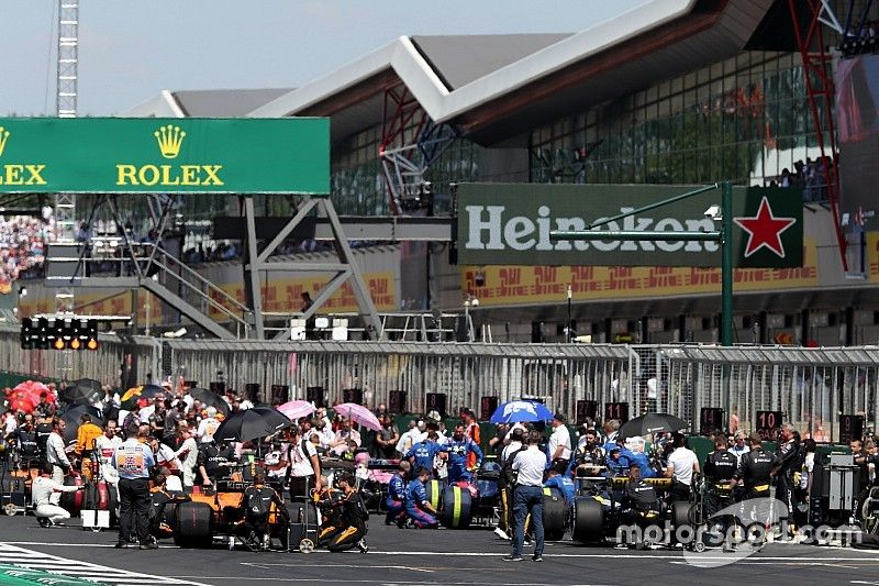 Ecclestone dice que intentó comprar Silverstone