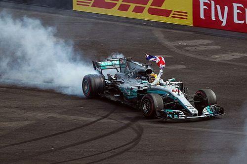 Jackie Stewart cree que Hamilton puede alcanzar a Schumacher