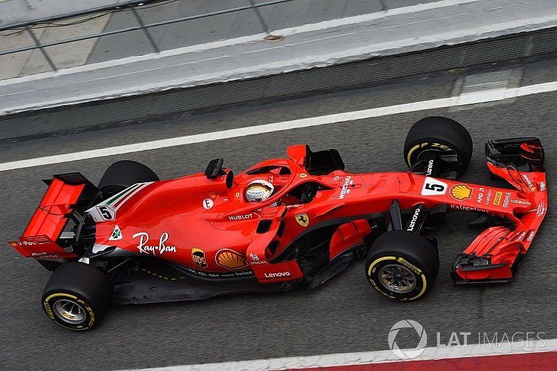 """Snelste man Vettel kijkt niet naar tijden: """"Dat is zinloos"""""""