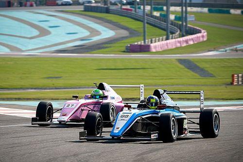Charles Weerts verslaat David Schumacher en is kampioen Formule 4 UEA
