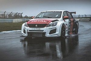Peugeot unveils new 308TCR for 2018 WTCR season