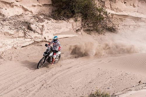 Dakar Rally, Stage 8: Santosh continues progress, Mena jumps Pedrero