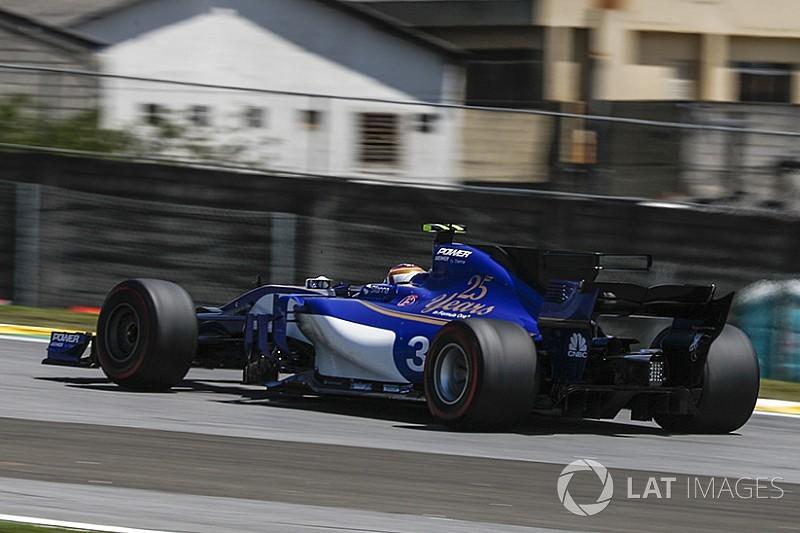 Wehrlein in pista in Brasile con una Sauber modificata