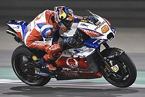 Miller frustré par un pneu avant qui n'a pas tenu la distance