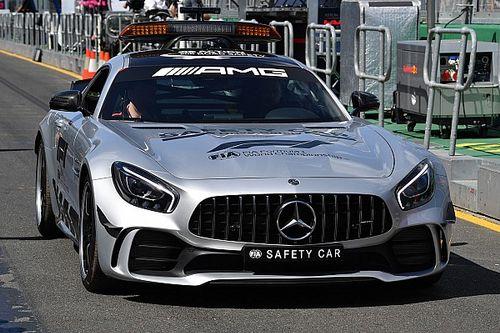 Már a pályán feszít a Forma-1 új, brutális biztonsági autója