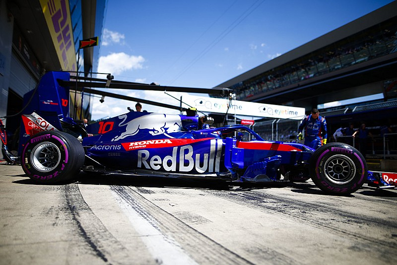Red Bull разрешила Honda ставить эксперименты над Toro Rosso, даже если это приведет к штрафам