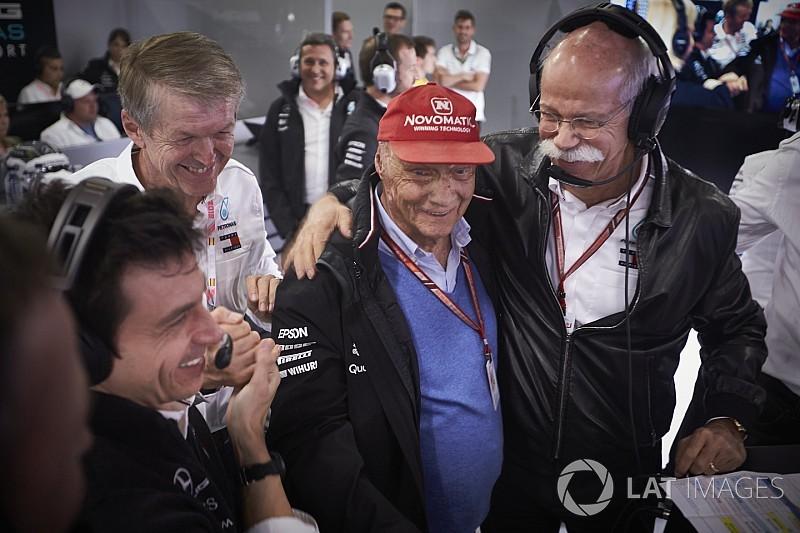 """Lauda figyelmeztet a Mercedesnél: """"Visszatértünk!"""""""