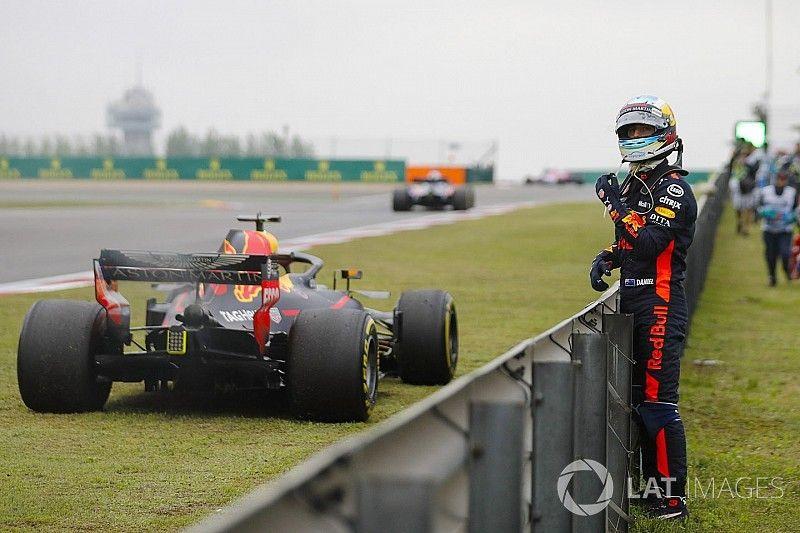 ريكاردو بات أقلّ تفاؤلاً لناحية تحسّن محرك رينو في 2018