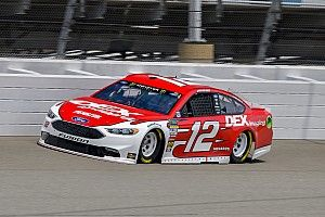 Ryan Blaney holds off Larson to take Stage 1 win at Michigan