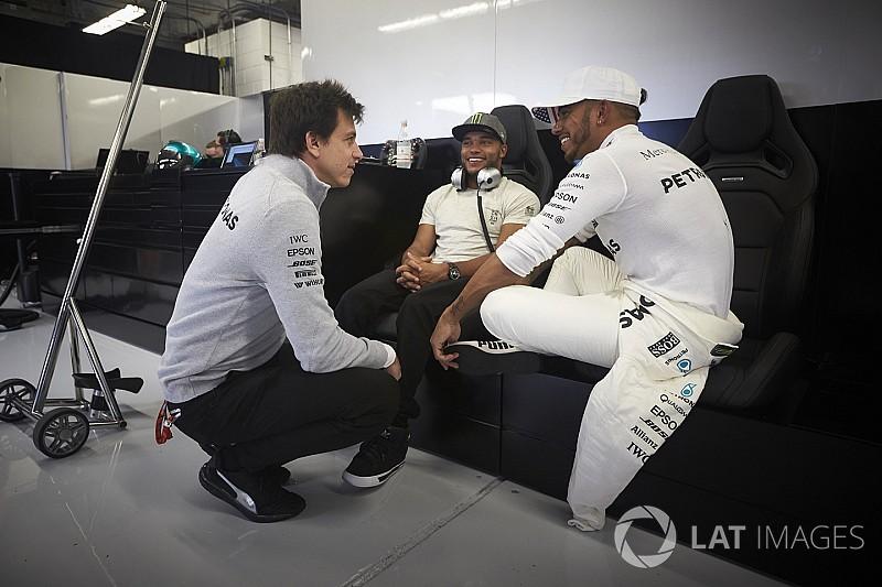 """Wolff: """"Hamilton está em seu melhor momento"""""""