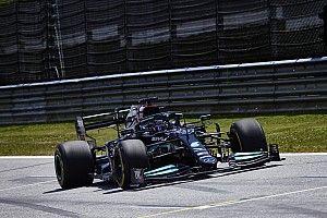 Hamilton az élen a stájer FP3-on Verstappen előtt
