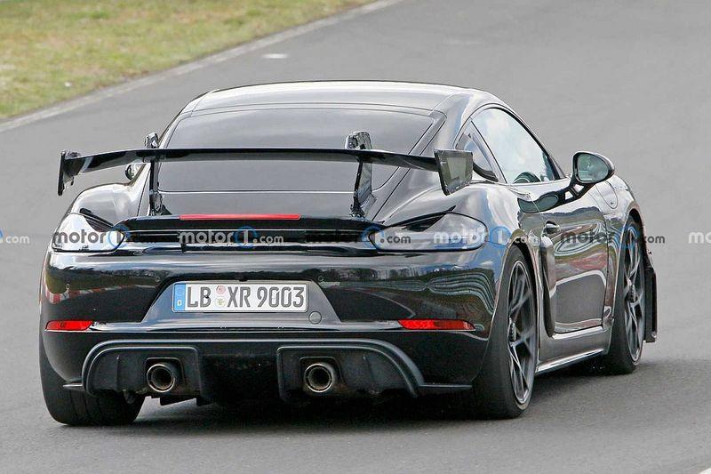 La Porsche Cayman GT4 RS encore aperçue au Nürburgring