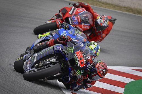 Можно ли выступать в MotoGP топлес? Мнения разделились