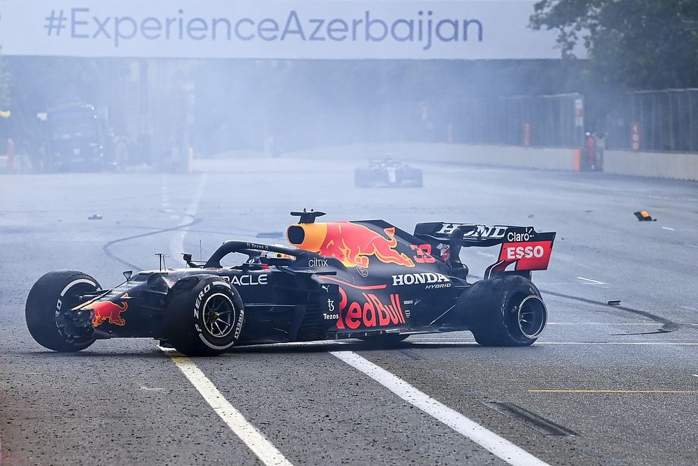 F1: Pressão dos pneus se torna foco enquanto equipes aguardam relatório da Pirelli sobre Baku
