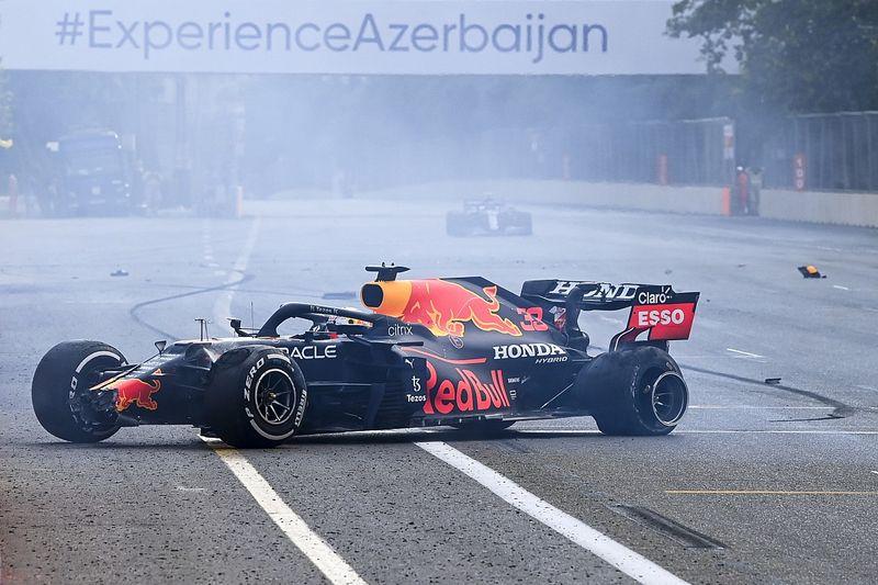F1车手对安全车在巴库出动过慢刚感到担忧